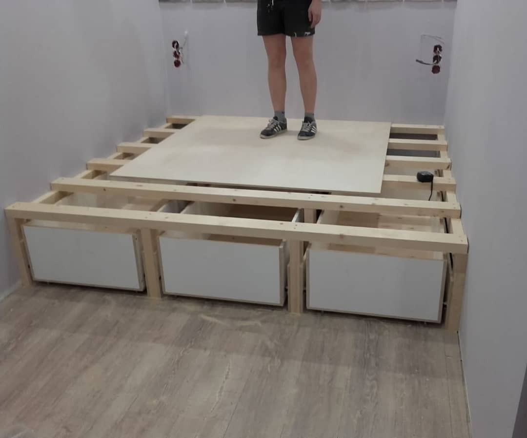 кровать подиум своими руками пошагово фото станет самостоятельным объектом