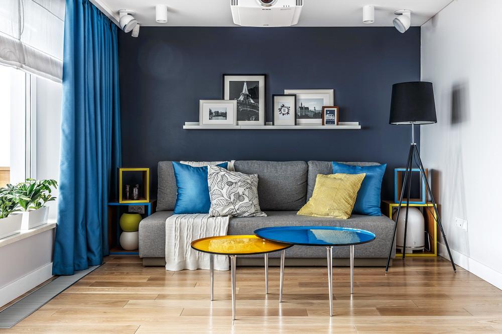 Функциональная маленькая квартира: интерьер, в котором нашлось место даже столовой и кабинету