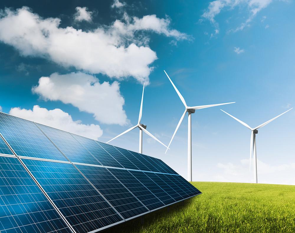 Альтернативные источники энергии для дома: солнечные батареи и ветрогенераторы