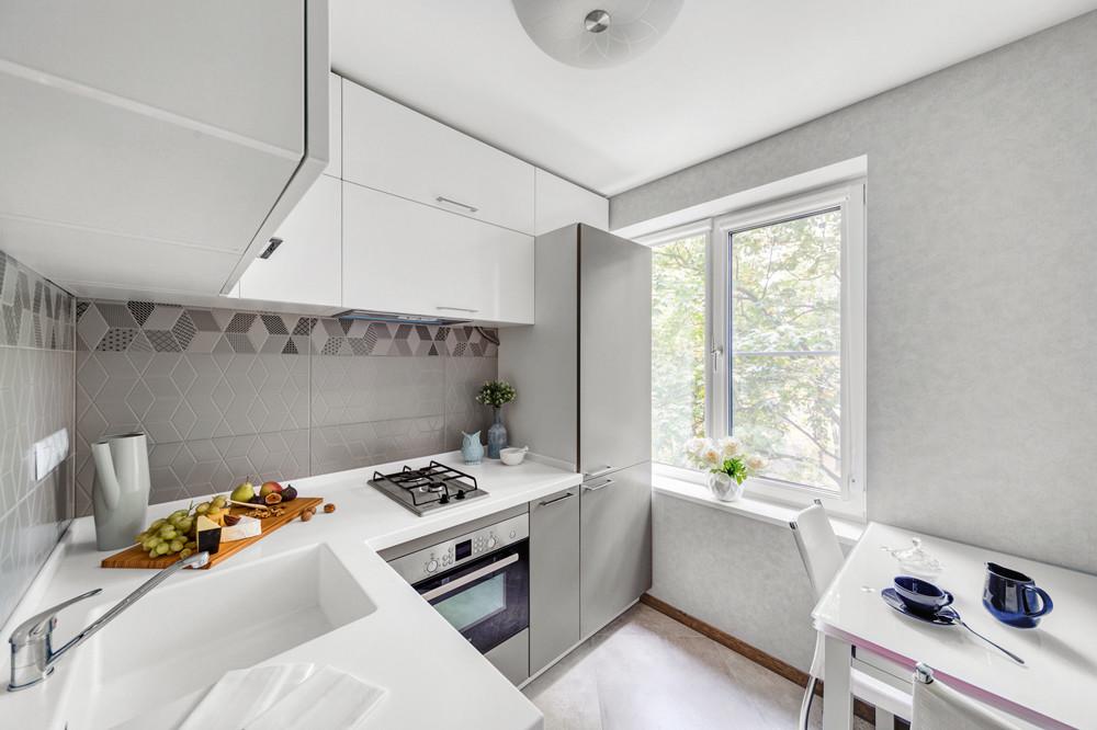 Как организовать пространство в маленькой кухне: 11 полезных советов