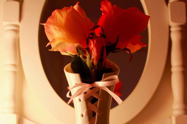 Мулен Руж: 9 предметов интерьера в духе парижского кабаре