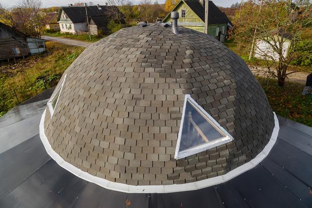 Как установить мансардное окно в готовую крышу, покрытую гибкой черепицей?