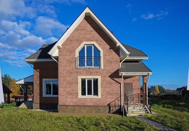 5 популярных вариантов отделки фасада дома