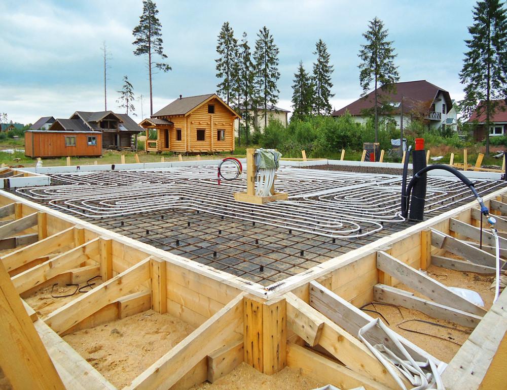 Особенности строительства плитного фундамента