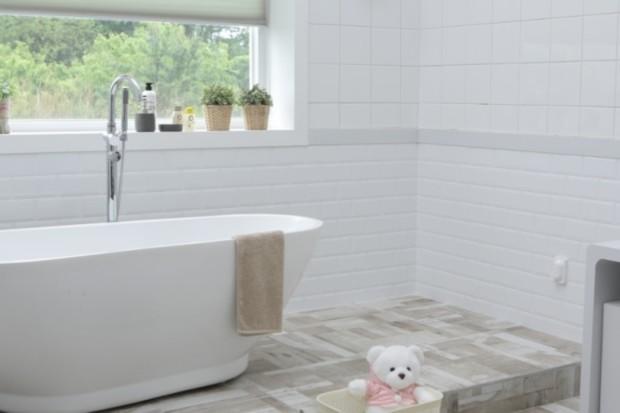 Установка ванны своими руками: подробная инструкция