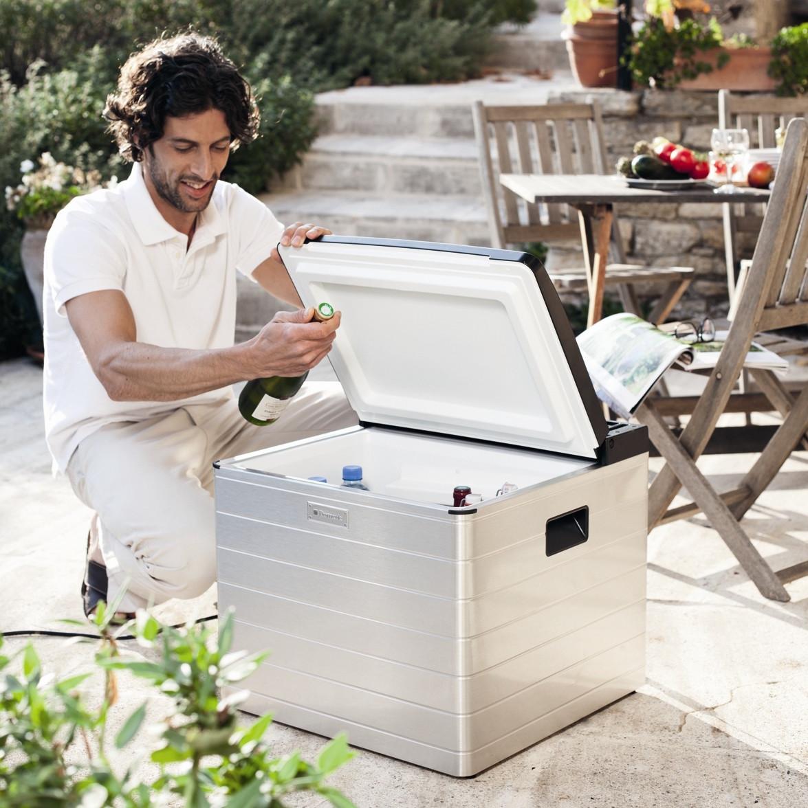 Как выбрать сумку-холодильник для пикника и дачи?