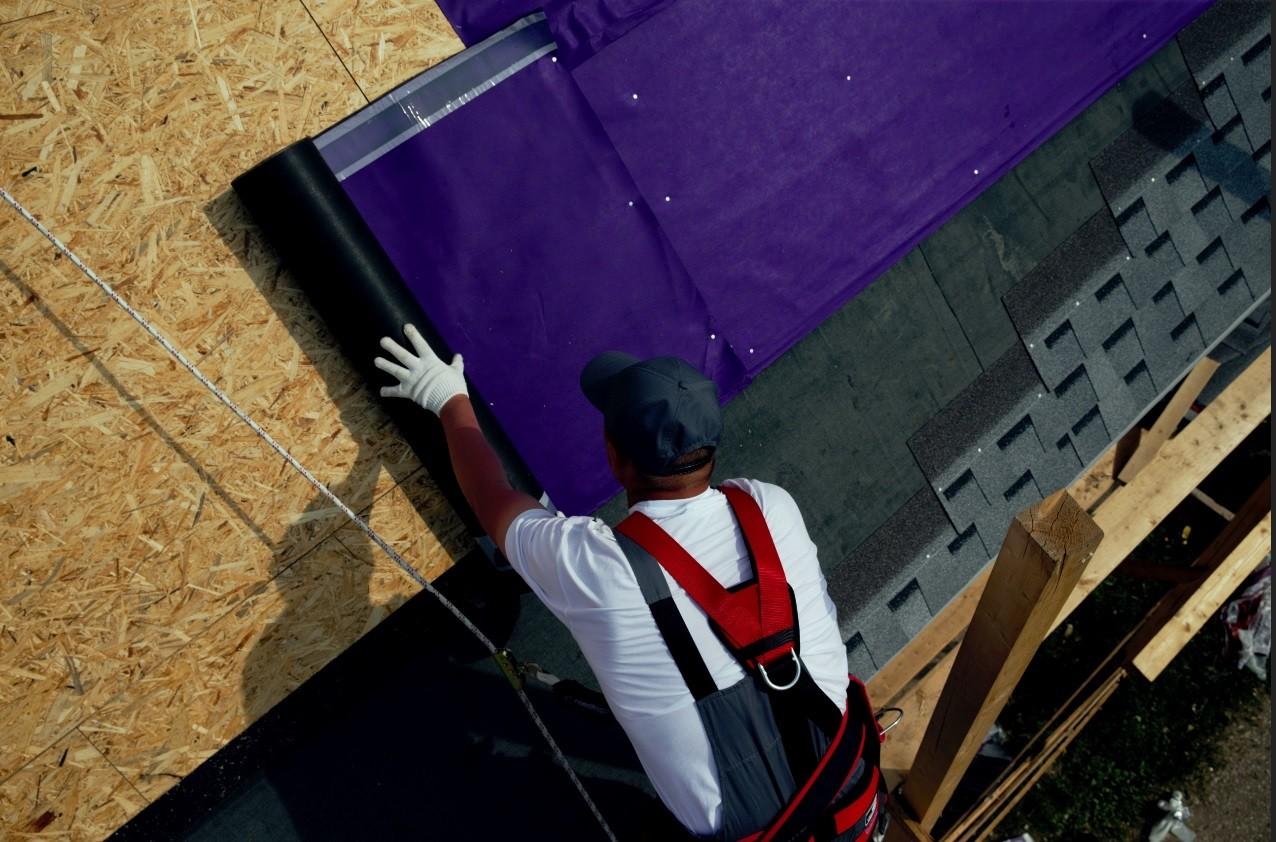 Как избежать ремонта крыши с помощью подкладочного ковра