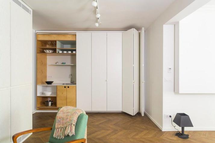 Как «спрятать» кухню в кухне-гостиной: 9 примеров и полезные советы