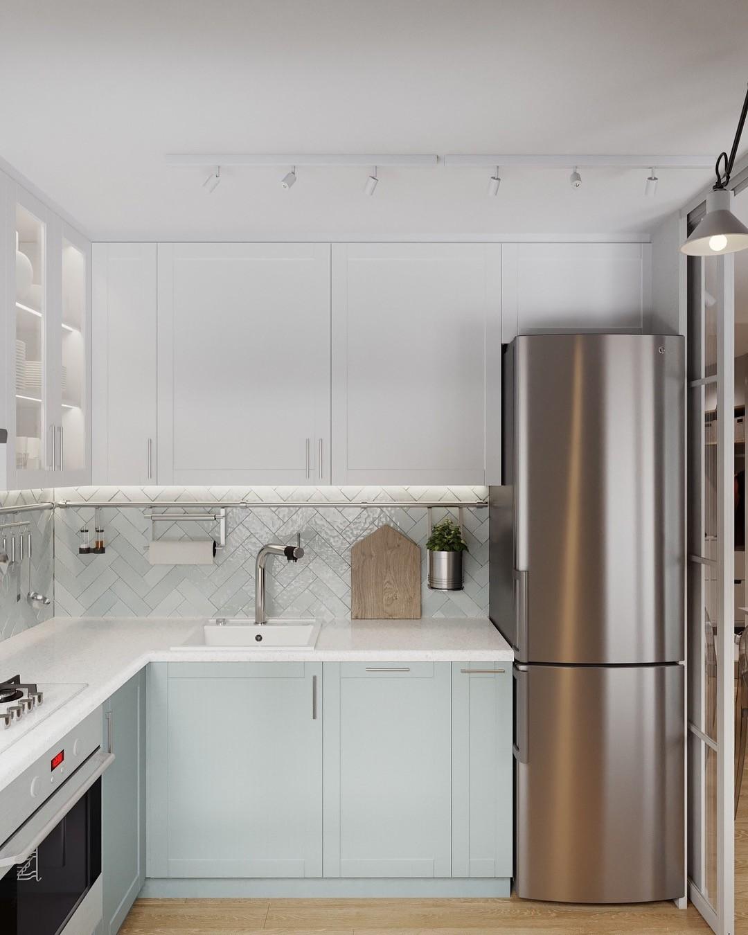 Формально, перегородка или складная дверь нужна, чтобы облегчить согласование у жилищных служб. Если оставить устаревшее оборудование, от неприятностей она не защитит.