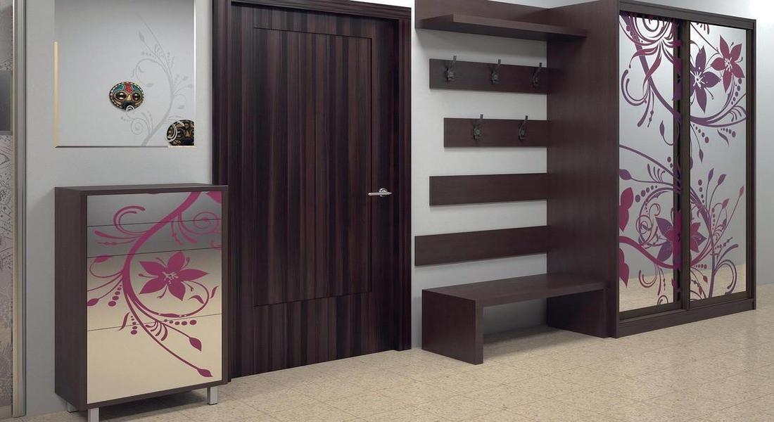 Шкаф-купе в коридоре: современный дизайн интерьера на фото
