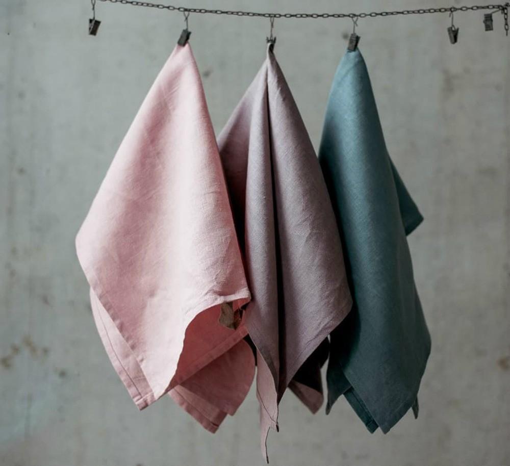 Как разместить полотенца в ванной и на кухне: 37 стильных идей
