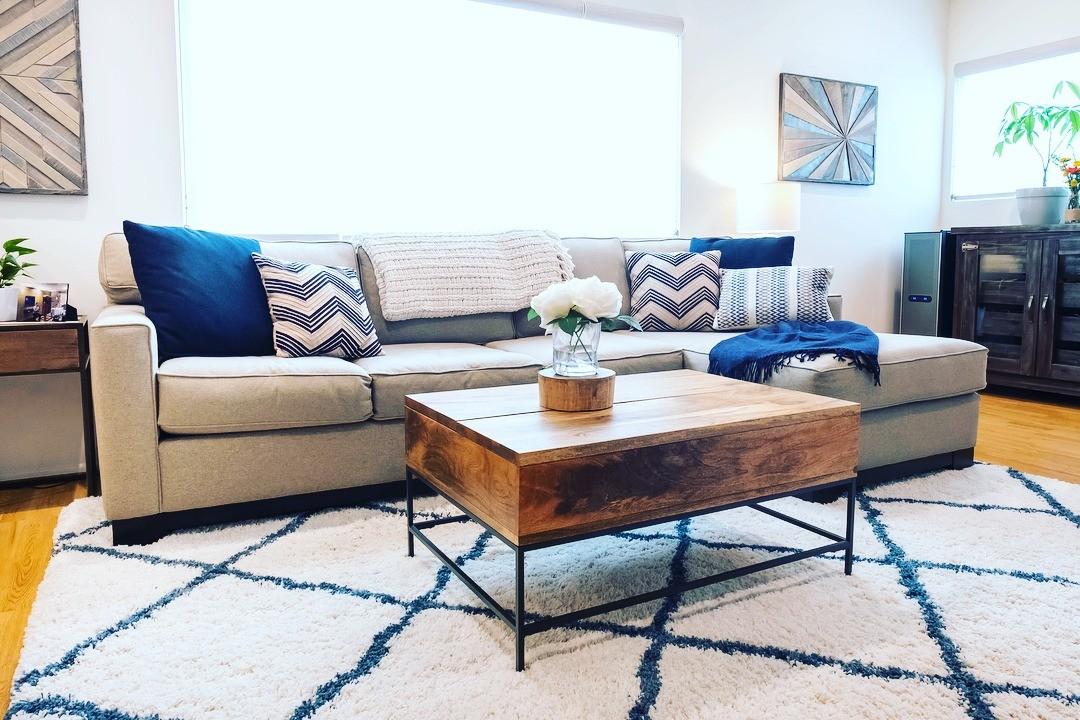 Instagram housetohome_interiordecorating