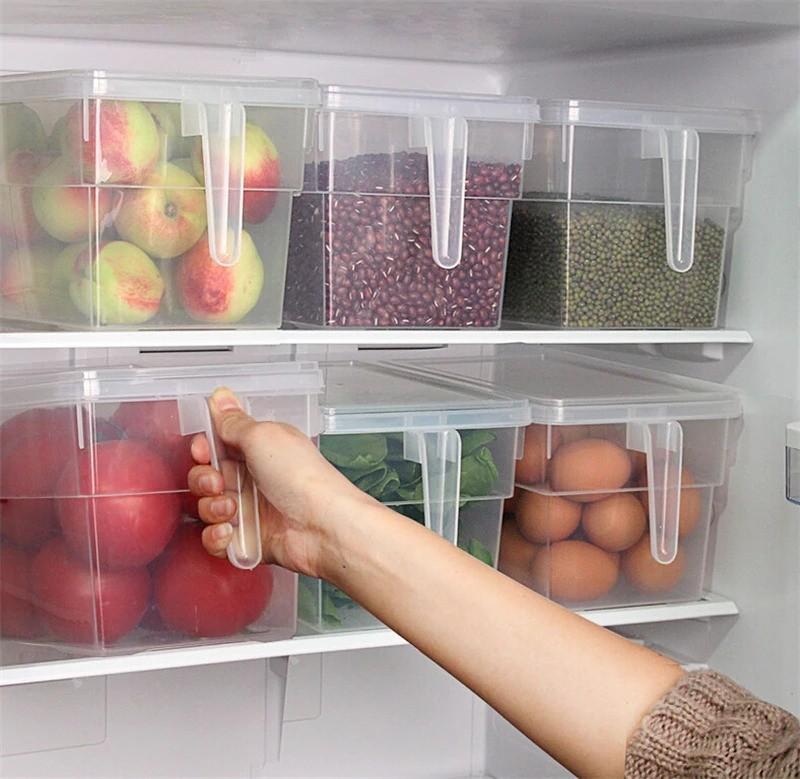 Современные производители предлагают контейнеры на любой вкус и кошелек: от пластиковых до стеклянных, всевозможных форм и размеров.
