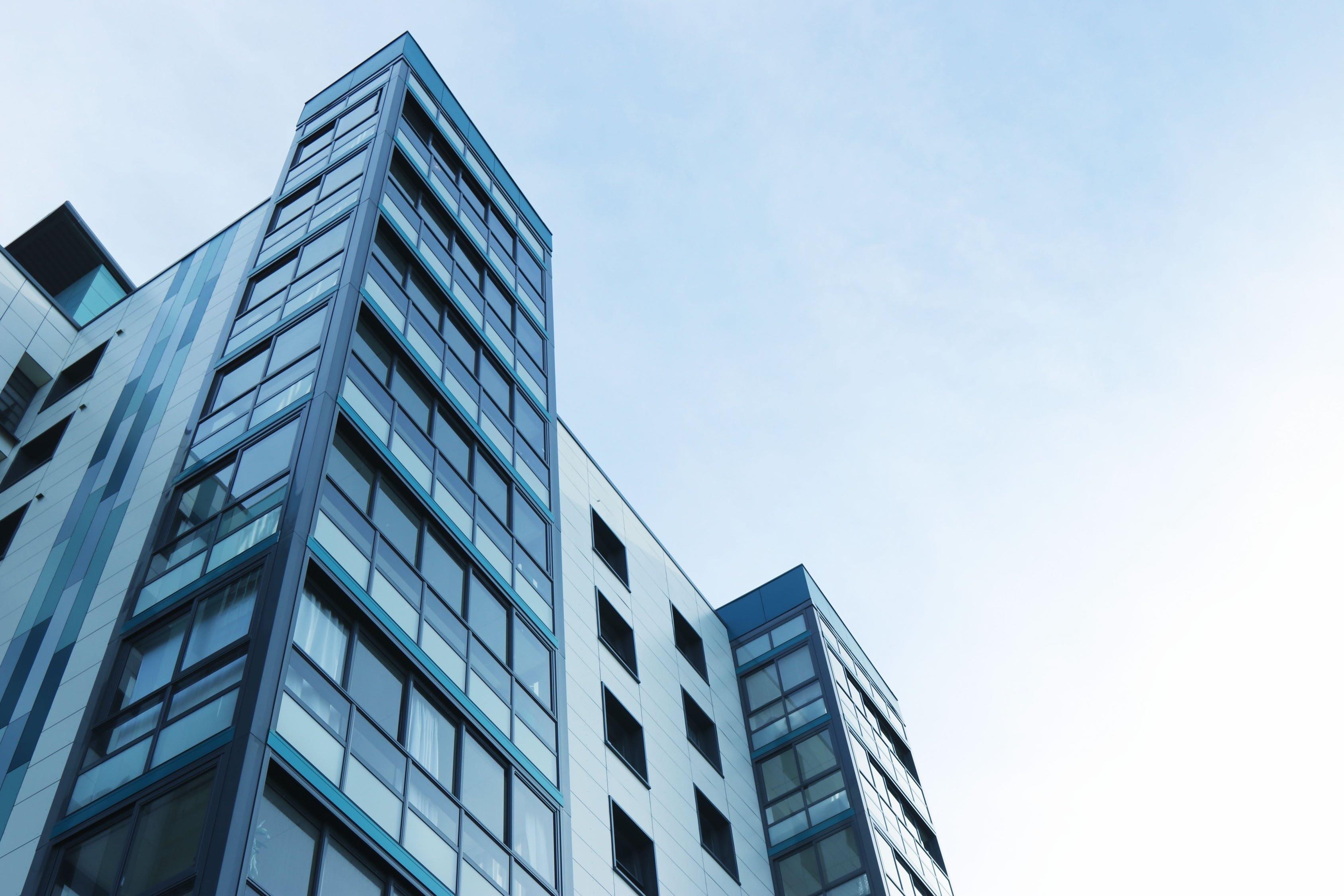 Цены на квартиры в новостройках в Москве и области повысились по сравнению с 2018 годом