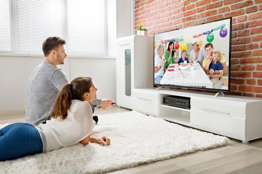 Телевизоры с экраном свысоки&#1...