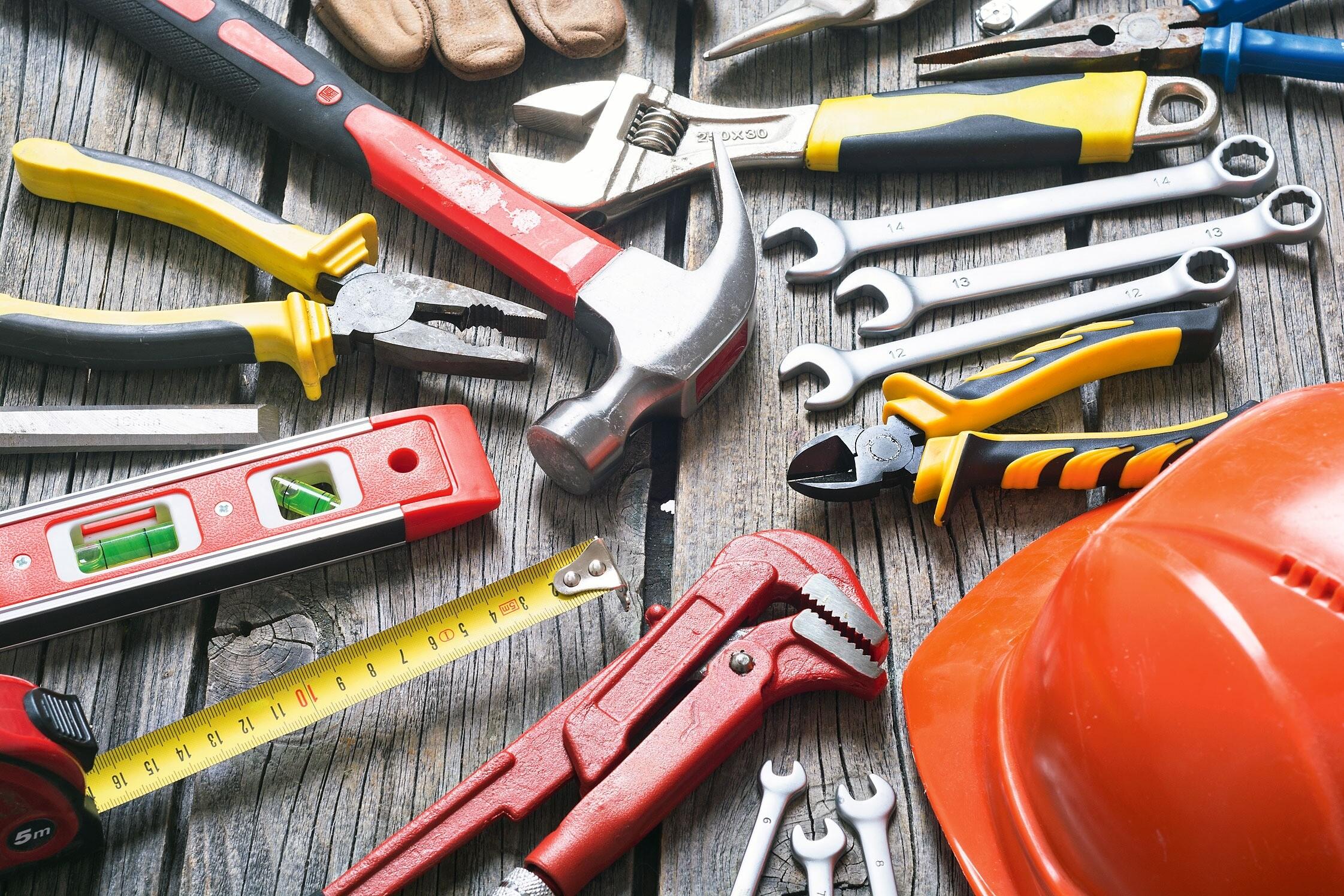 Какие инструменты нужны для черновых работ и сколько они стоят