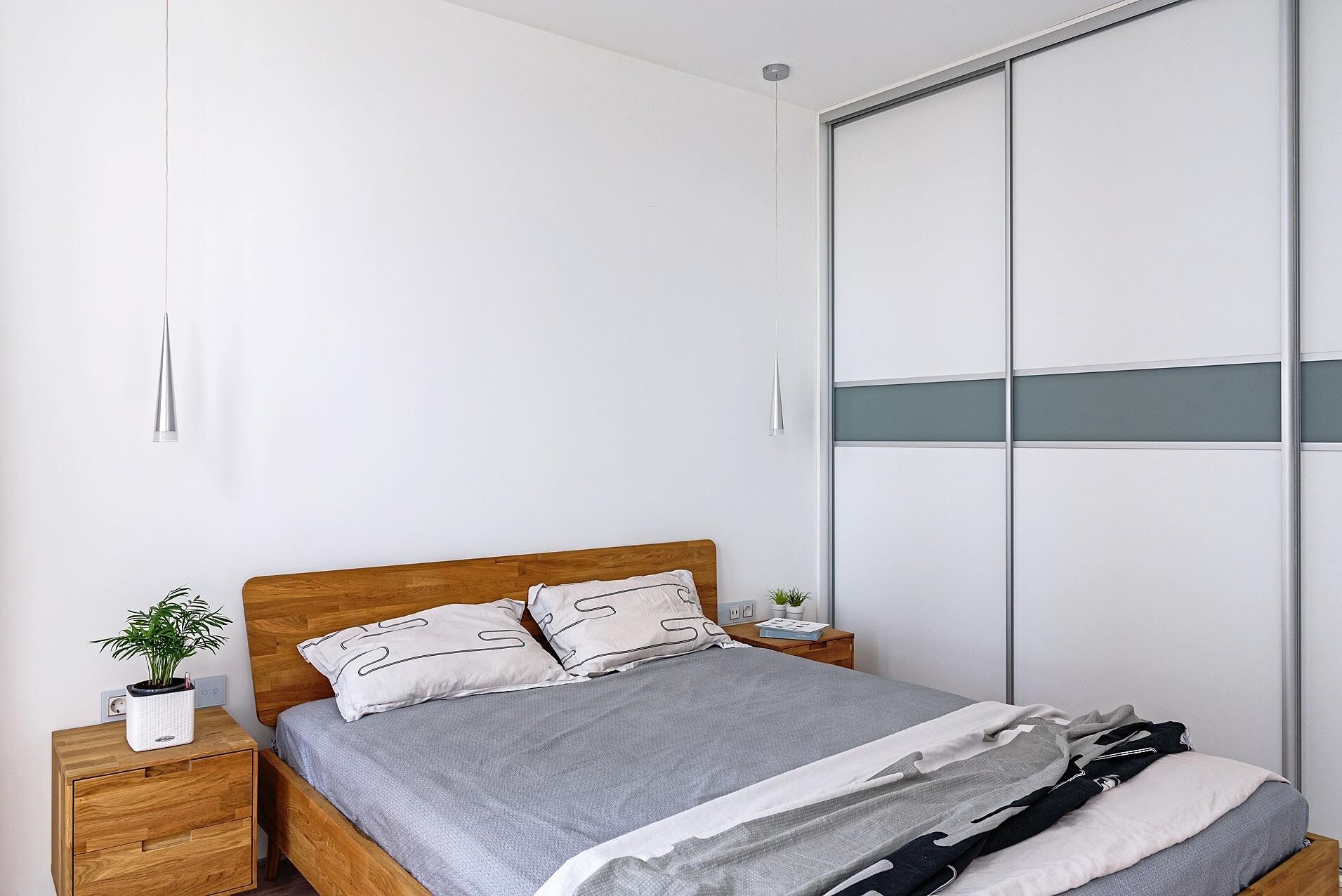 В комнате для сна помимо шкафа &#1088...