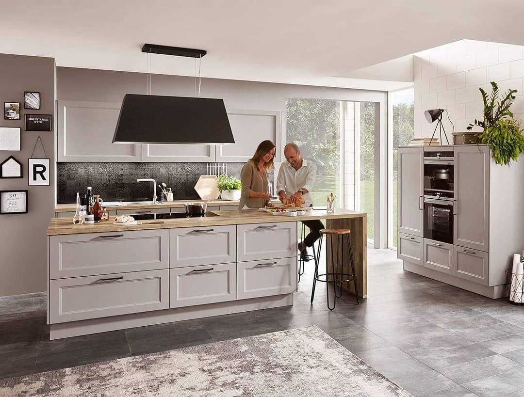 Какой потолок лучше сделать на кухне: 7 практичных вариантов
