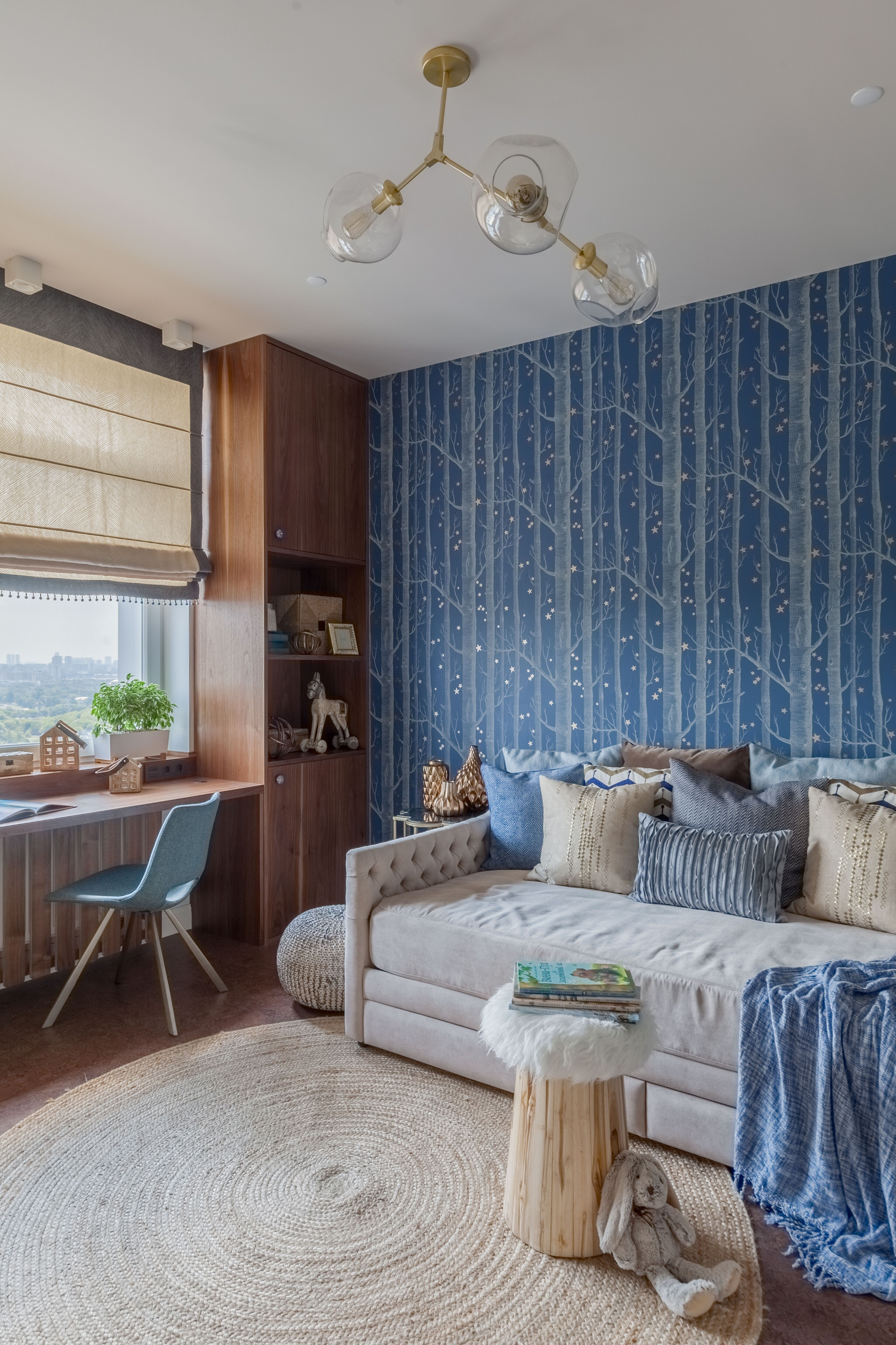 Уютная однушка с кухней-столовой, зонами отдыха и гардеробной
