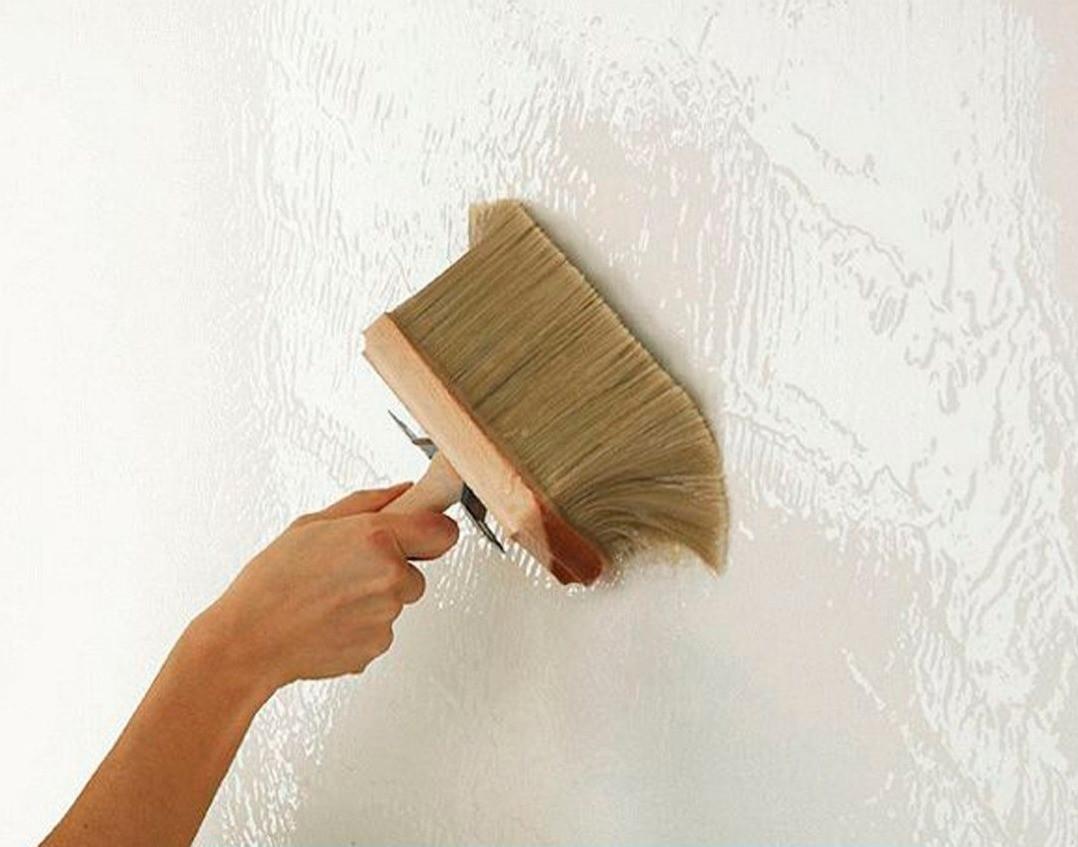 Грунтовка стен под обои: как правильно ее выбрать и использовать