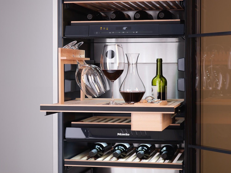 Зачем вам нужен винный шкаф и как правильно его выбрать