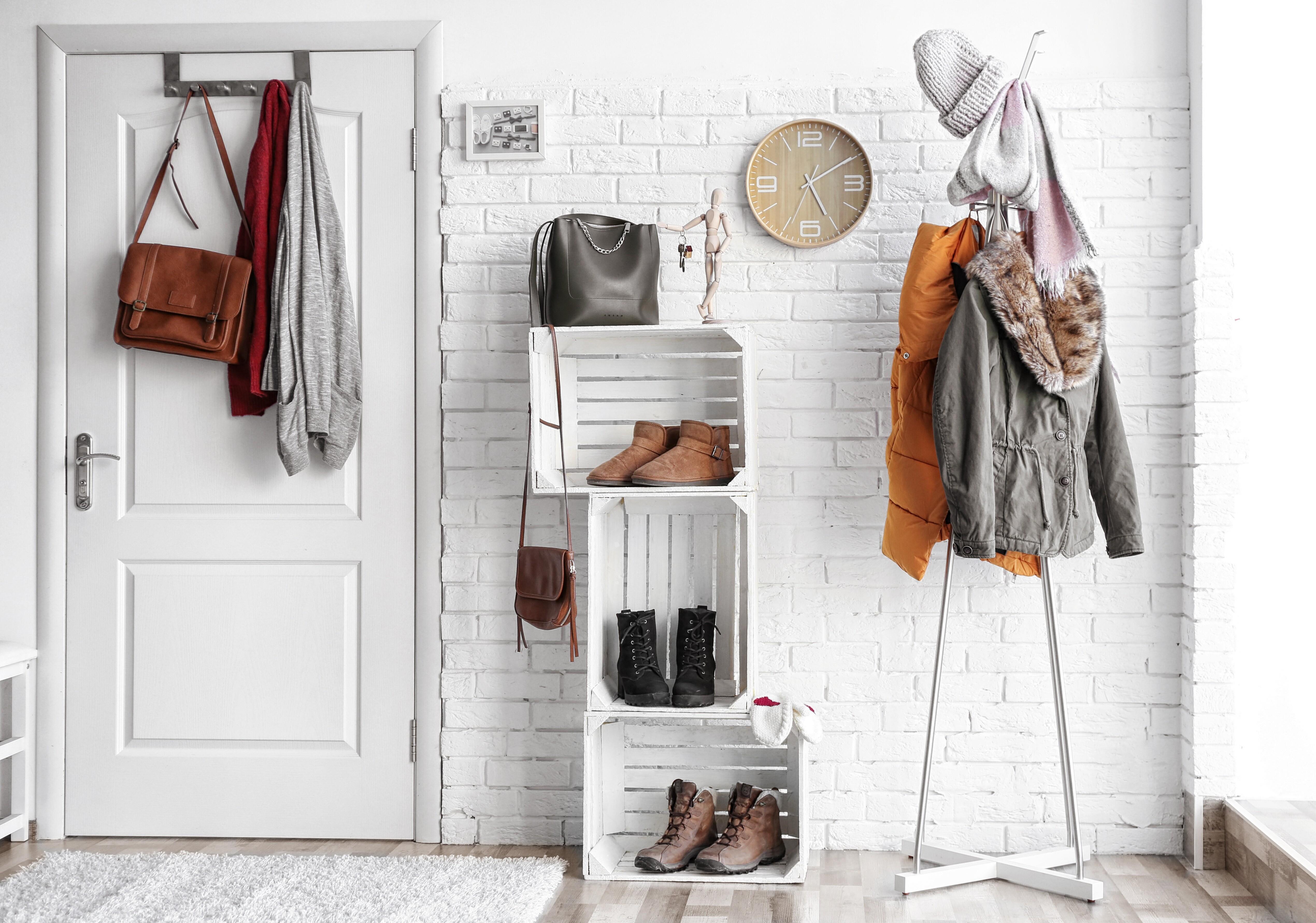 Отделка коридора декоративным камнем: идеи и 60+ красивых примеров
