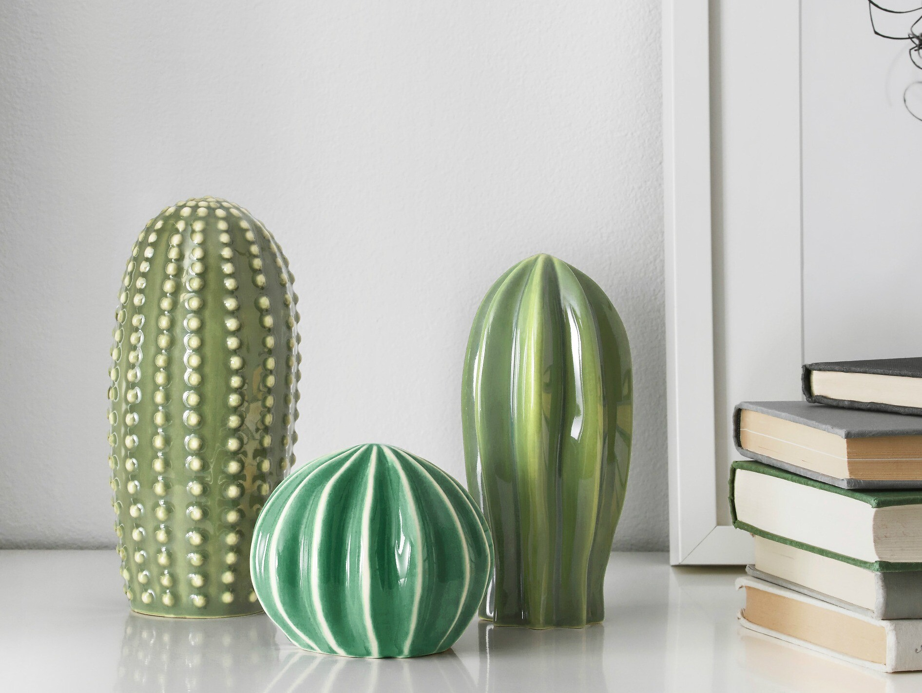 Лайфхак: «правило трех», которое поможет грамотно и стильно разместить декор и мебель