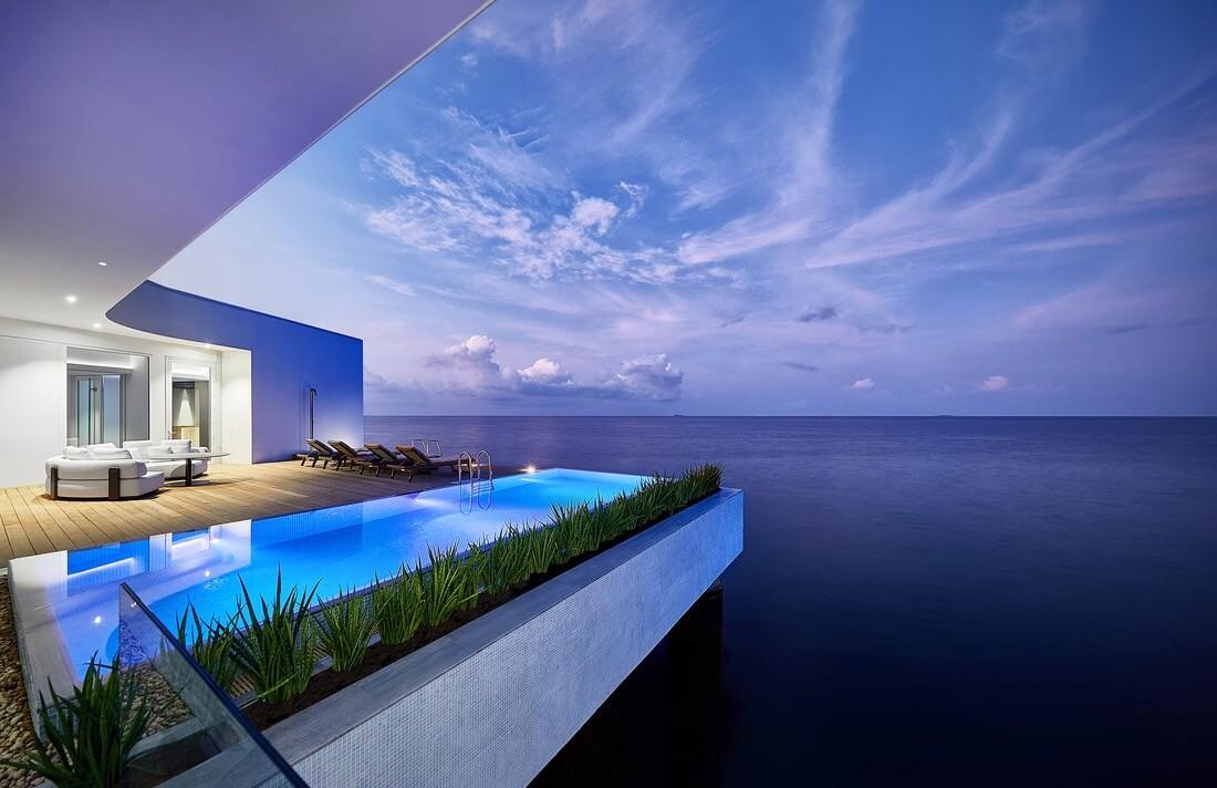 На Мальдивах открылся первый в мире подводный отель