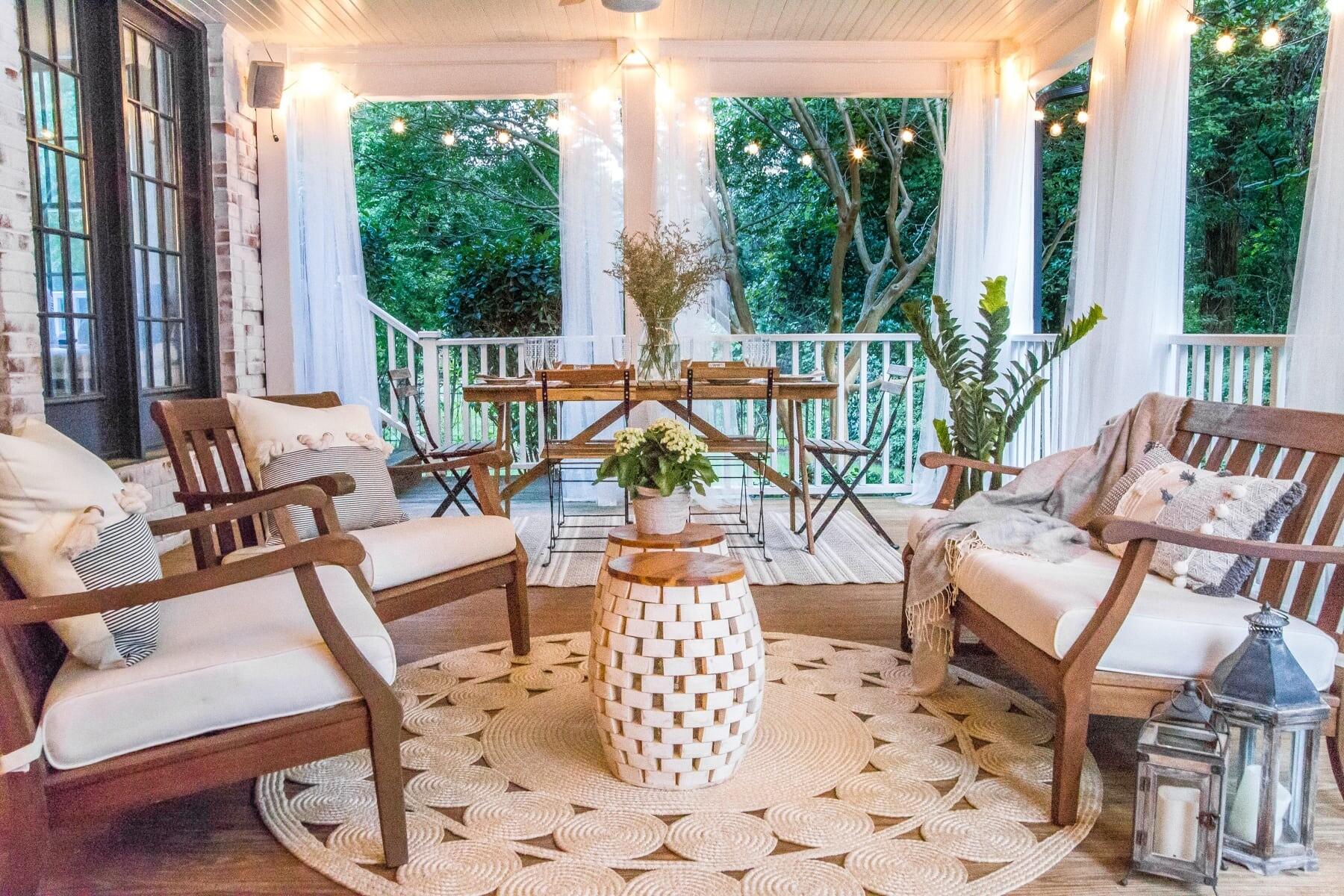 Уютный отдых на свежем воздухе: 12 идей дизайна веранд и террас в загородном доме