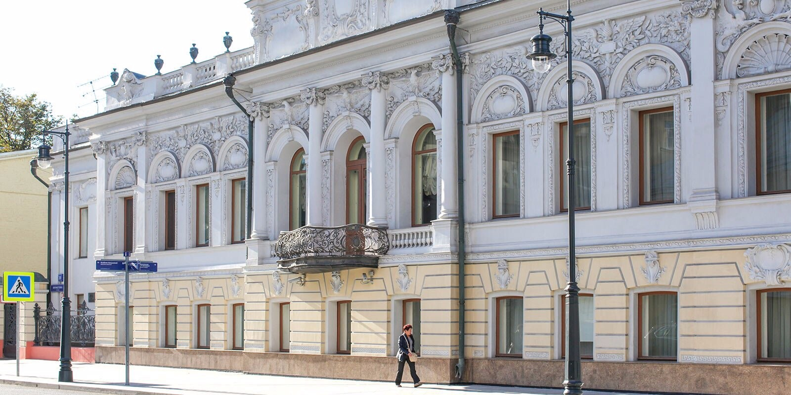 В интернете появились виртуальные экскурсии по старинным московским особнякам