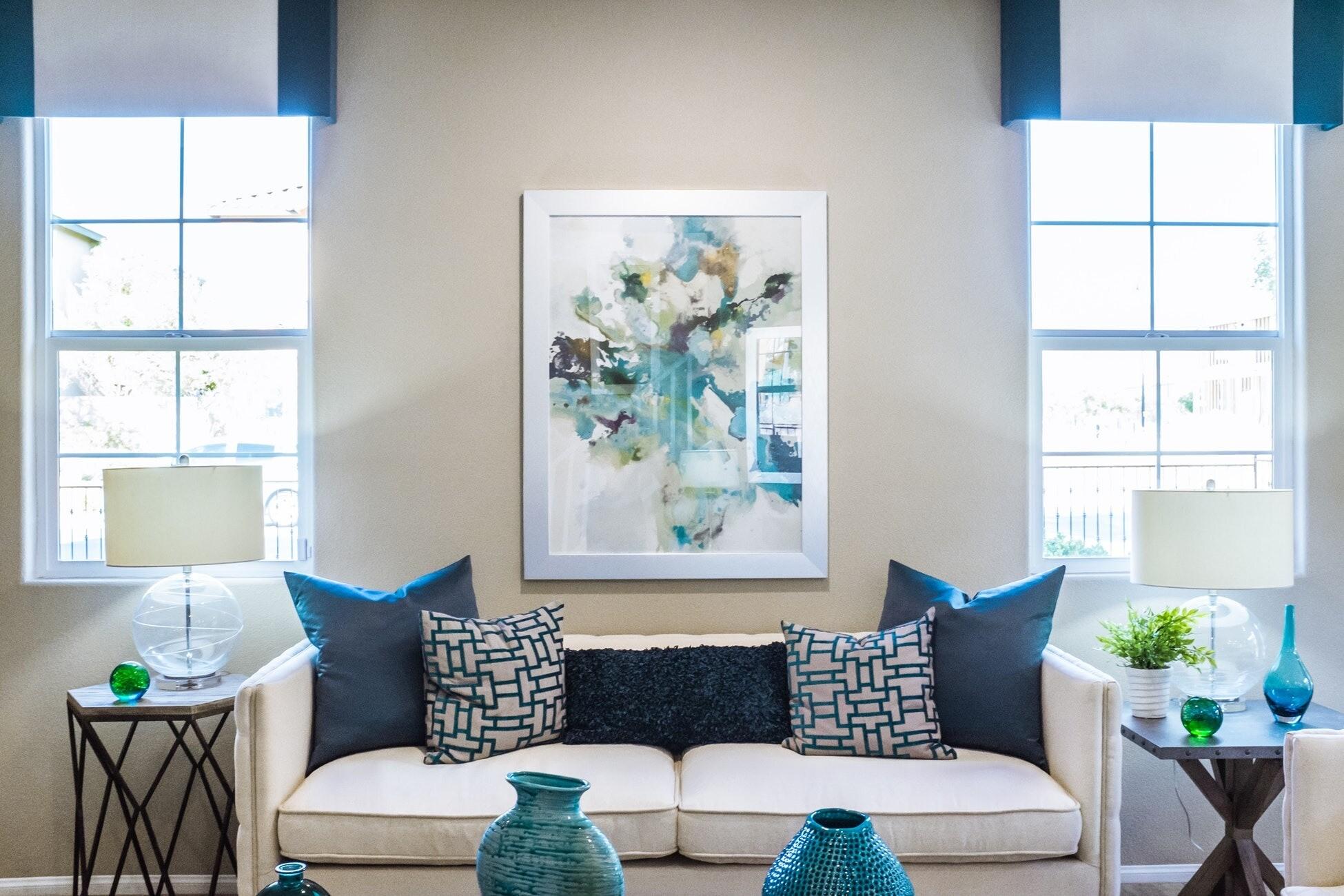 9 недорогих вещей для преображения вашей гостиной