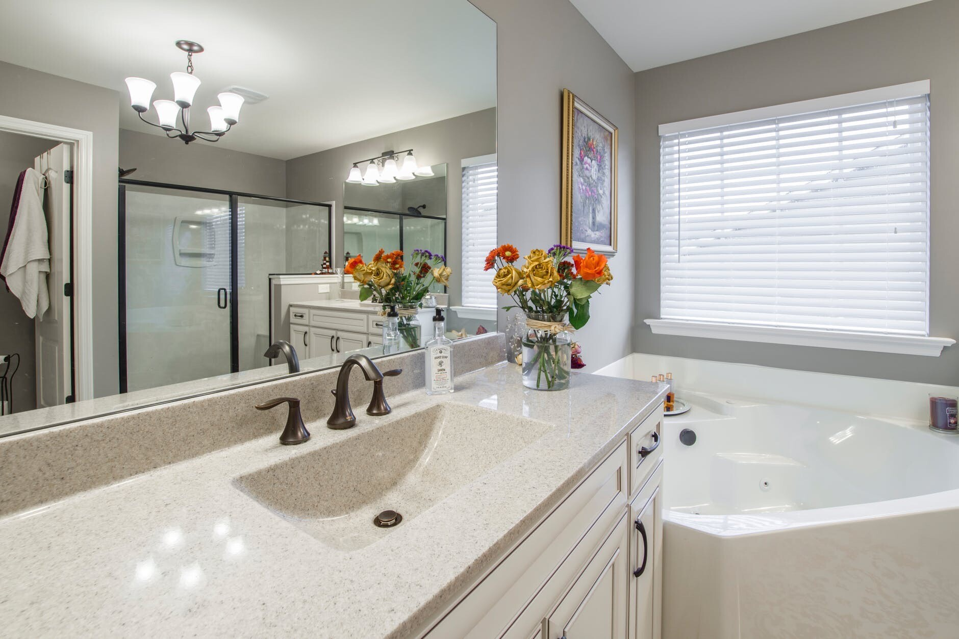 Ванная комната в классическом стиле: советы по оформлению и 65 примеров красивого дизайна