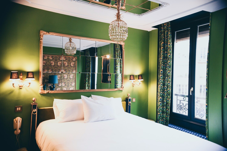 Как создать в спальне будуарную атмосферу: 8 несложных решений