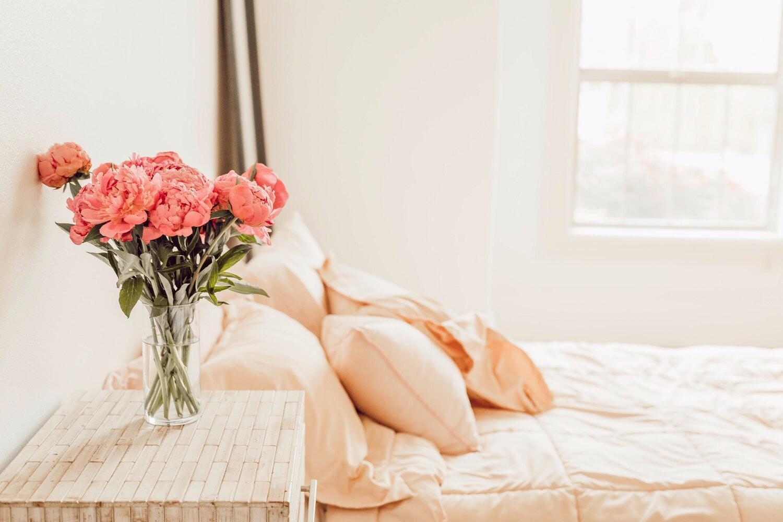 8 идеальных постельных принадлежностей для теплого времени года