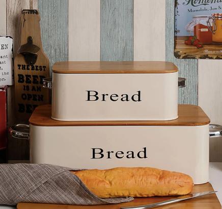 Хлебница с крышкой