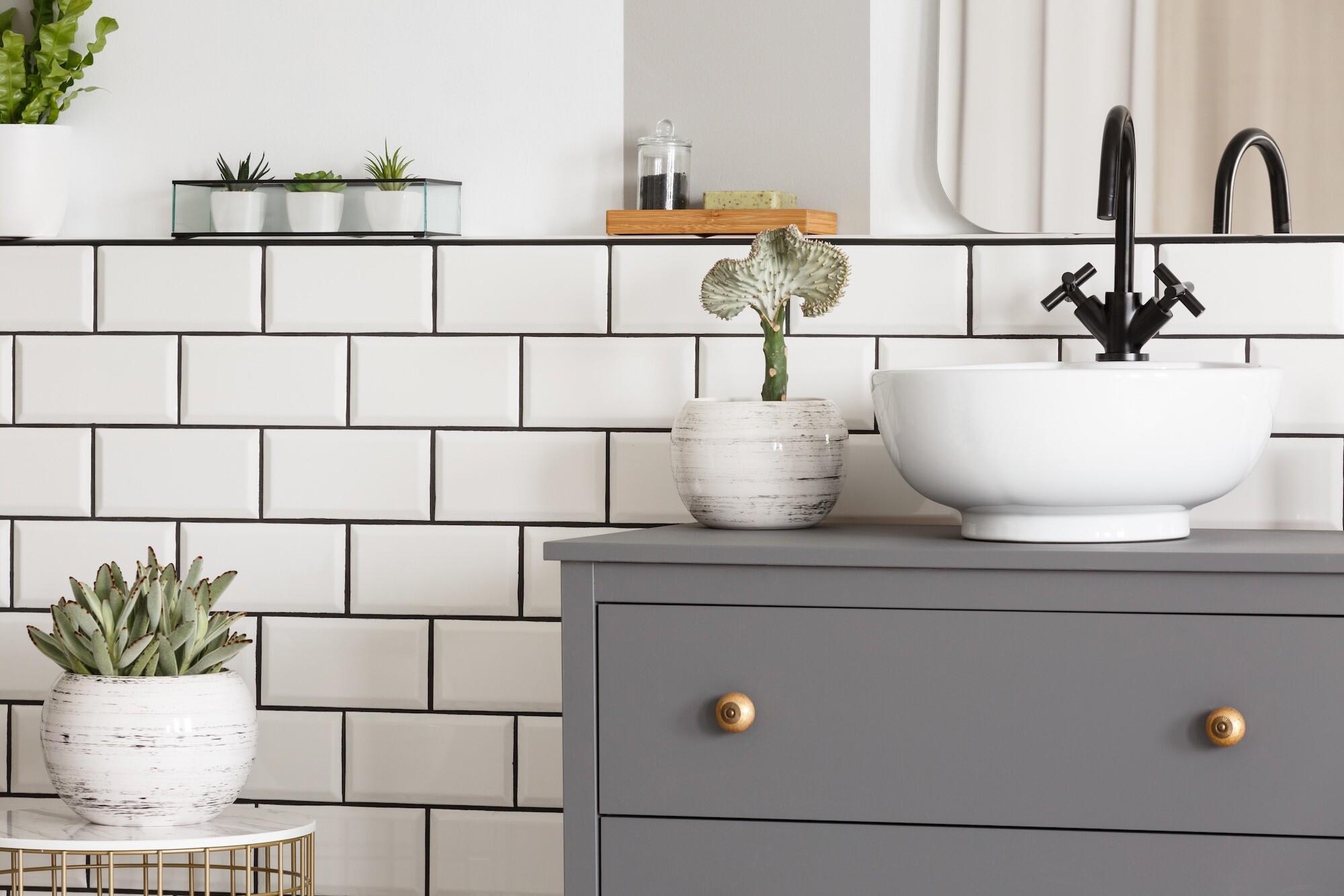 современный ремонт в ванной комнате в хрущевке идеи дизайна