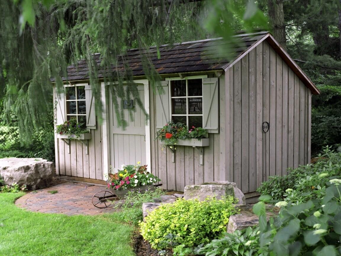 Приводим в порядок гараж или сарай: 9 бюджетных и эффективных способов