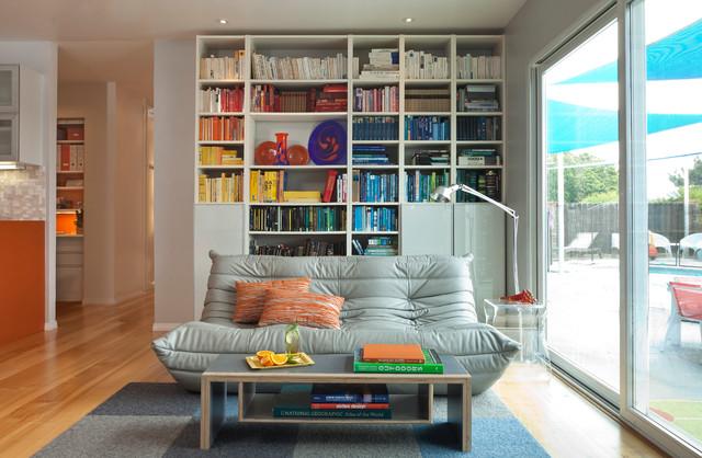 Книги по цветам фото