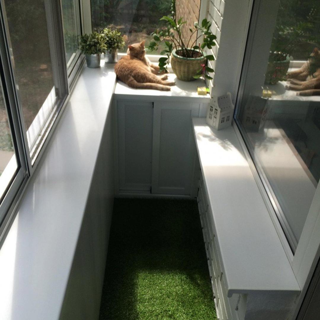 Искусственный газон в интерьере квартиры