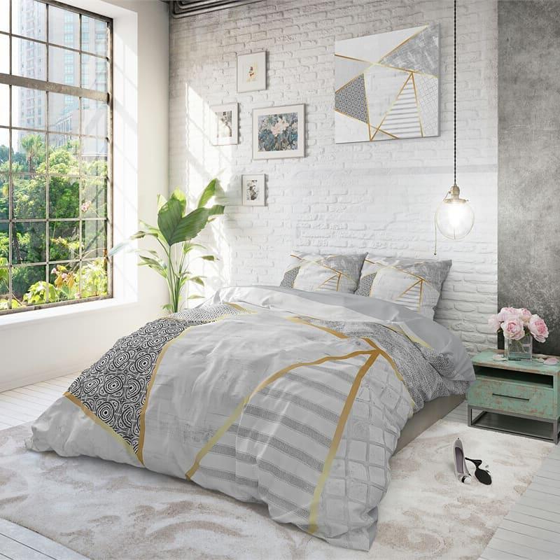 Спальня при дневном свете
