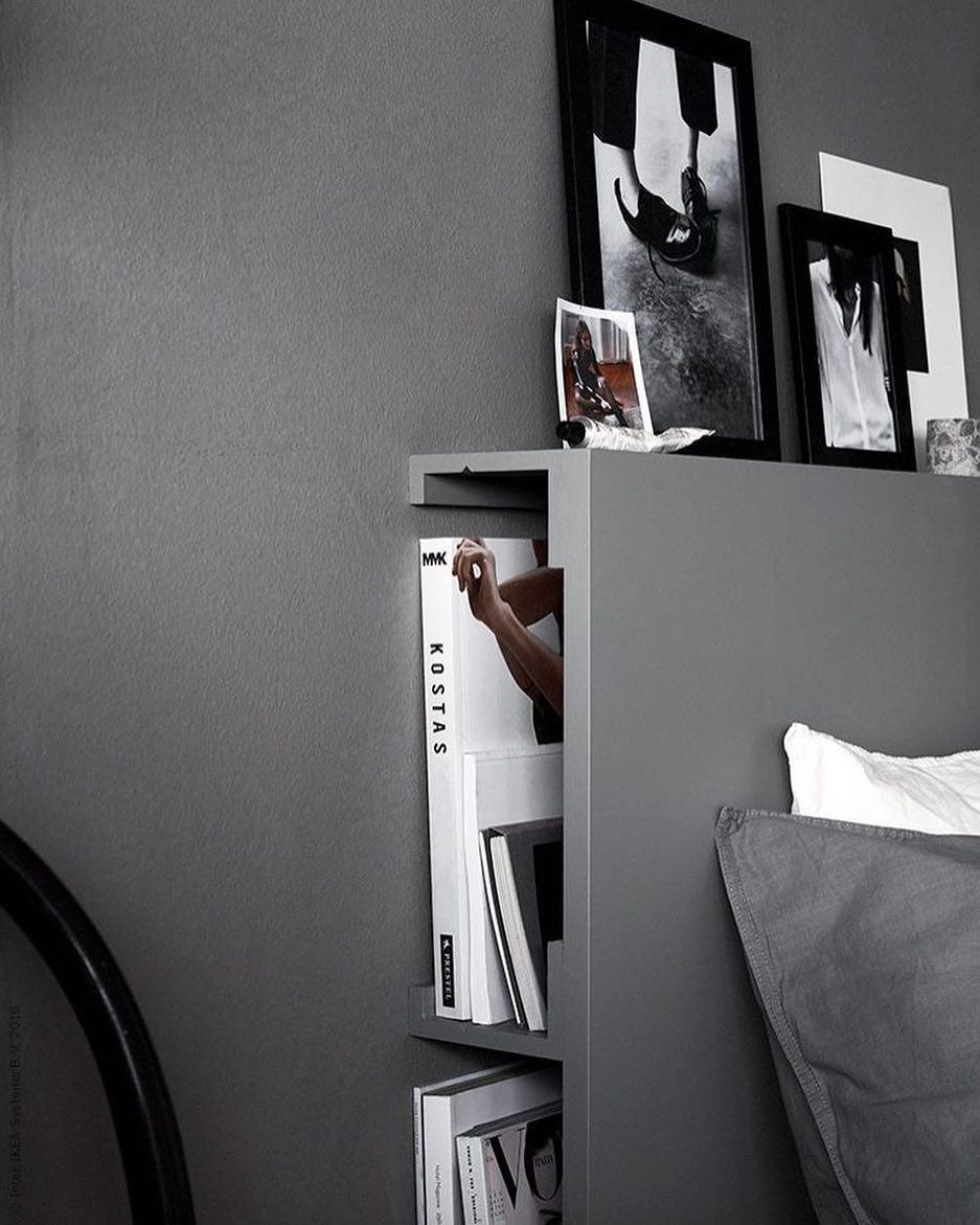 Хранение за кроватью фото