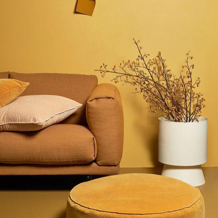 Дизайнерское решение в желтых оттенках