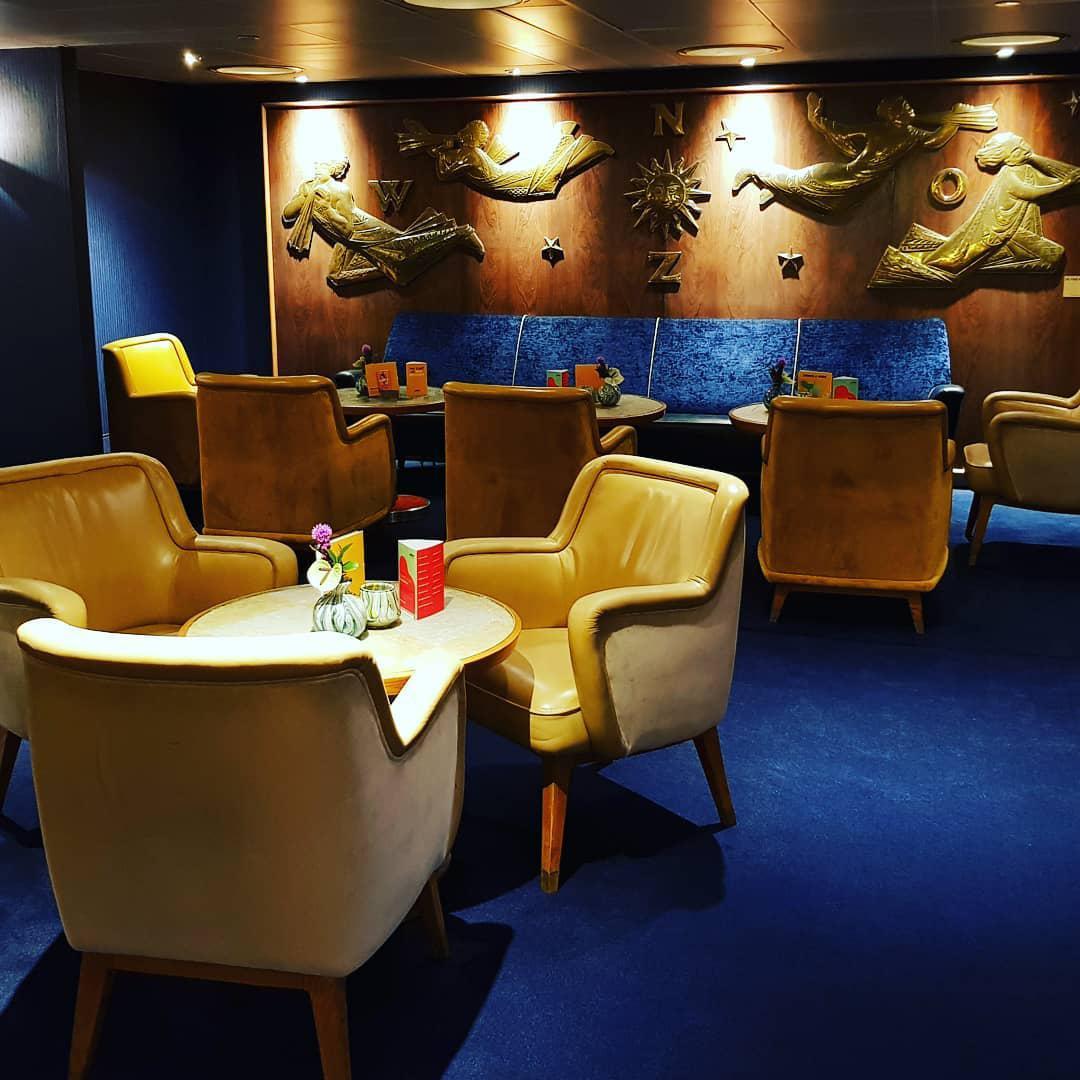 Дизайн ресторана на борту лайнера