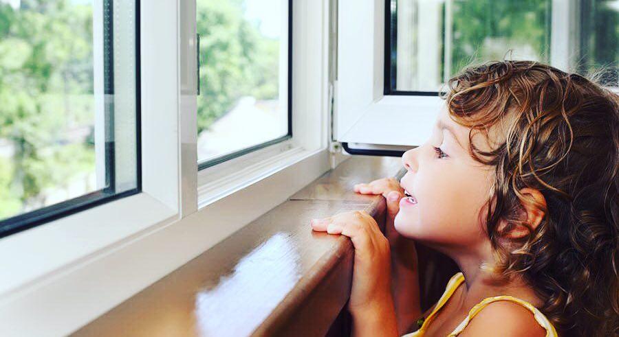 Как правильно ухаживать за пластиковыми окнами: советы