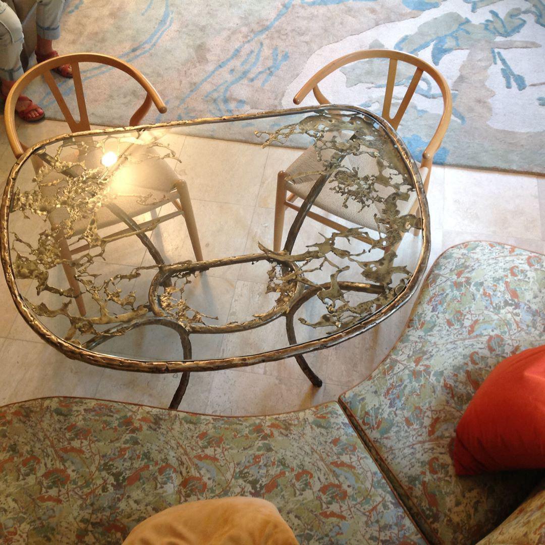 Стол в стиле рококо
