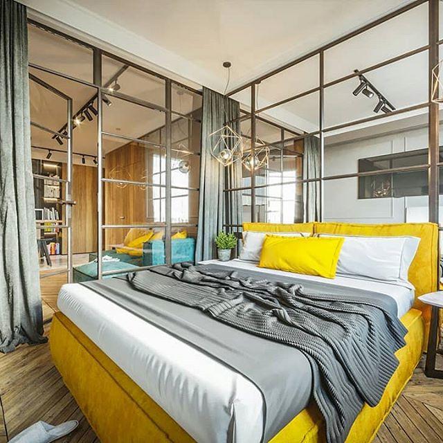 Шторы в интерьере современной спальни