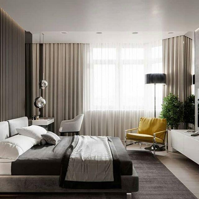Современные бежевые шторы в спальне